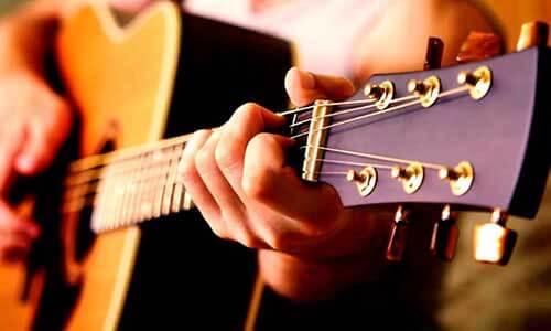 Clase Guitarra Online - Tocando Guitarra 1